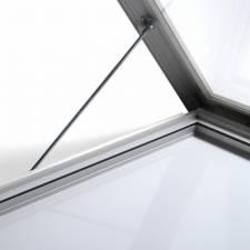 Vitrina para exterior magnética ignífuga apertura reforzada