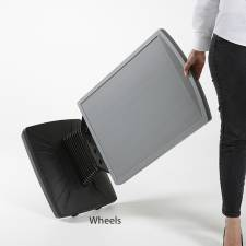 Caballete de exterior para carteles DIN A1 con ruedas para facilitar su mobilidad